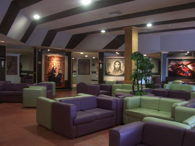 San Nicolás de los Garza N.L. Funeral Home – Interior